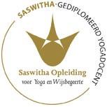 saswitha gediplomeerd yogadocent mid